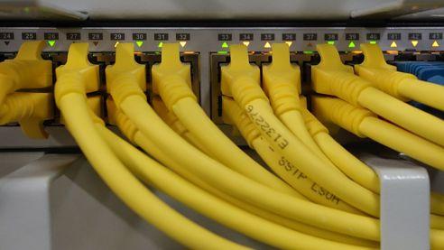 Díky připojení přes vlastní optické sítě dosahuje Dial Telecom takřka bezkonkurenčních hodnot