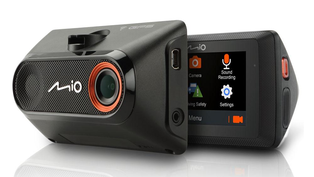Jak živě streamovat z autokamery přímo na internet a sítě? Novinkou je Mio MiVue 786 WIFI!