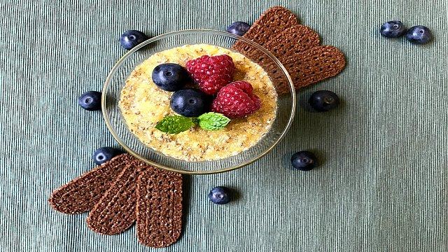 Vynikající letní recepty z právě dozrávajících meruněk a broskví