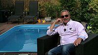 Martin Zounar nejraději relaxuje na terase své vily ve Slivenci u Prahy